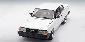 volvo 240 turbo blanc
